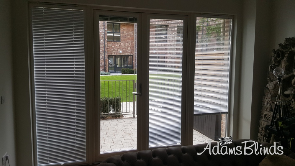 perfect-fit-venetian-blinds-fitter-london-1