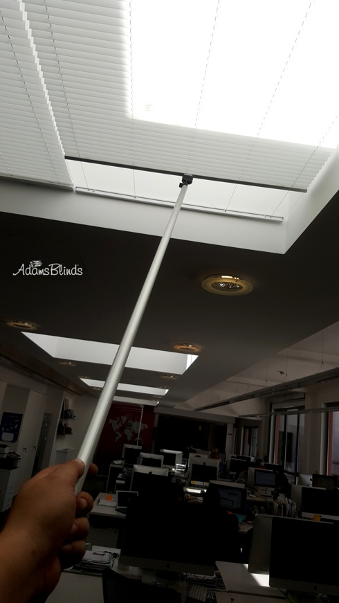 rooflight_pleated_blinds/rooflight_pleated_blinds_fitters_london_13