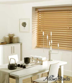 mid_oak_blind_with_ladder_strings_wooden_blind_fitters_london